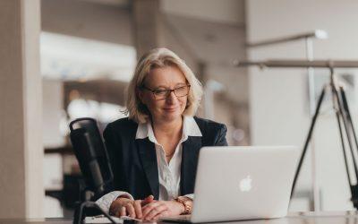 """Links zum Thema """"Frauen und Gehaltsverhandlungen"""" auf Pinterest."""